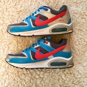 Retro Nike AirMax Sneakers -- Size 9